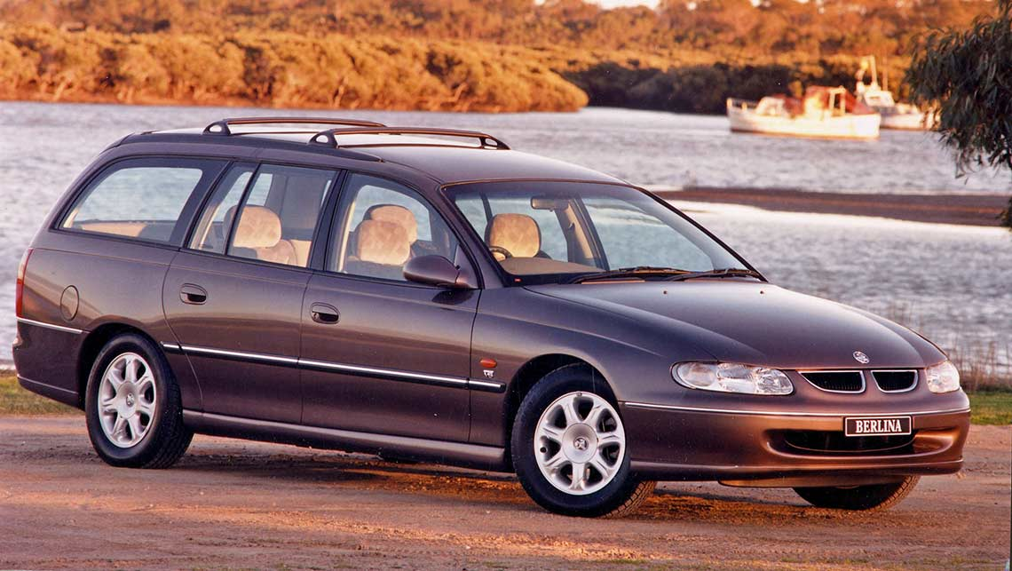 holden commodore used review 1997 2014 carsguide. Black Bedroom Furniture Sets. Home Design Ideas