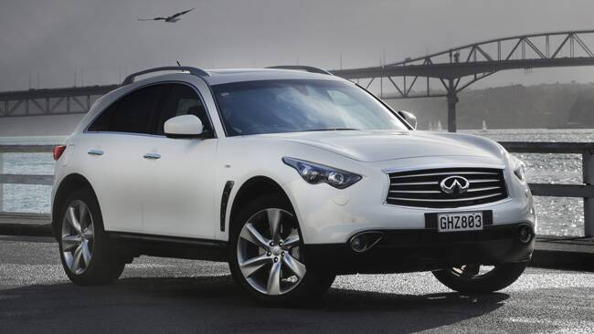 Infiniti FX and M35h review  first drive  CarsGuide