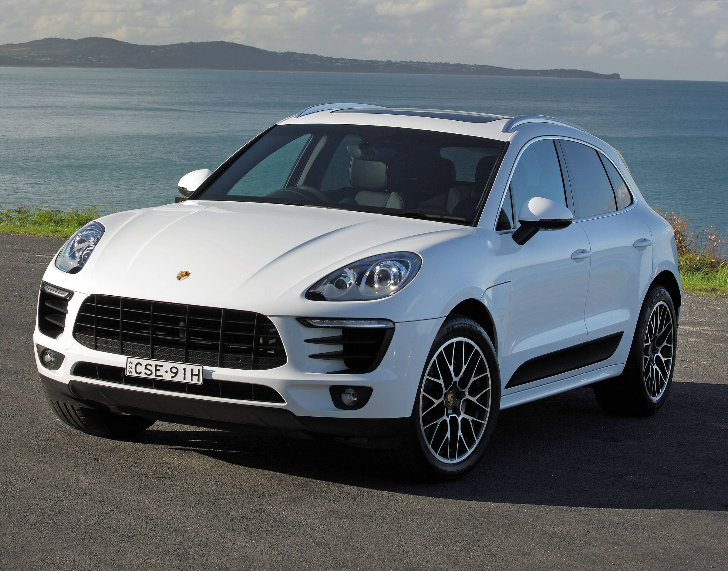2015 porsche macan s review carsguide. Black Bedroom Furniture Sets. Home Design Ideas