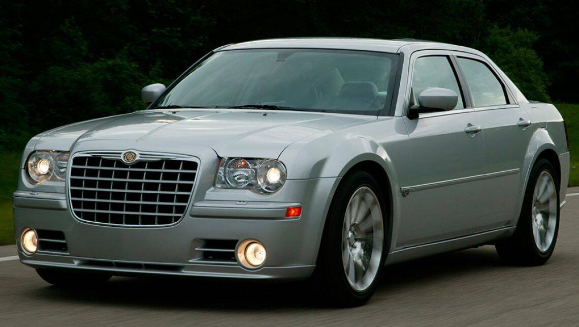 Chrysler 300c used review 2005 2014 carsguide for Chrysler 300c