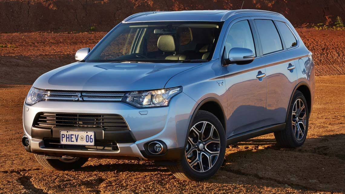 2014 Mitsubishi Outlander PHEV review | long term 2