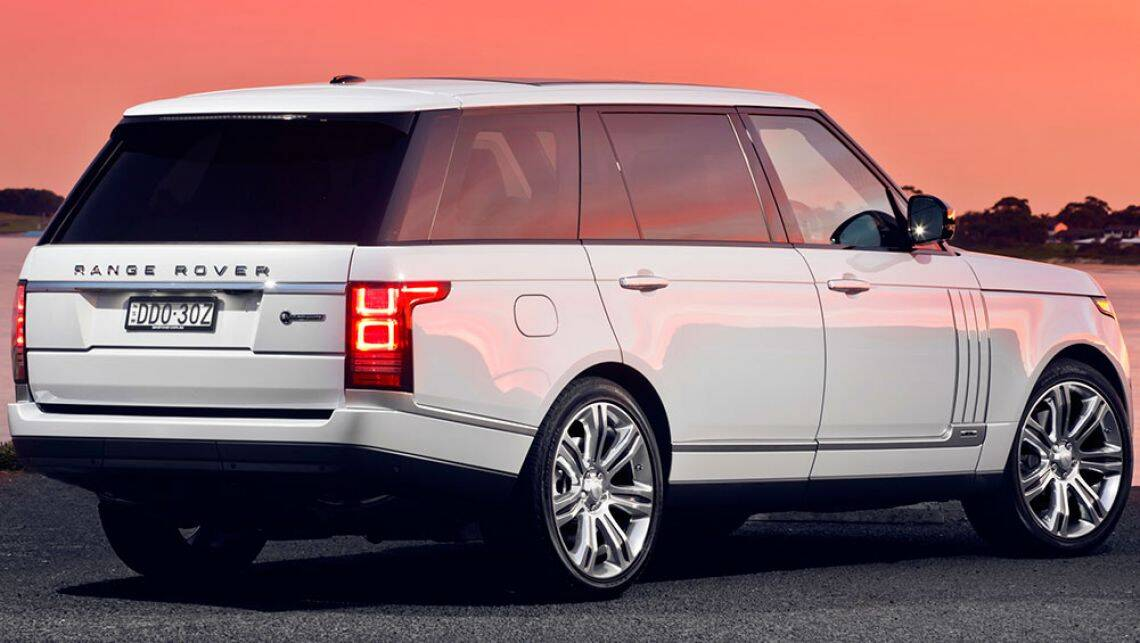 2016 land rover range rover svautobiography review first. Black Bedroom Furniture Sets. Home Design Ideas