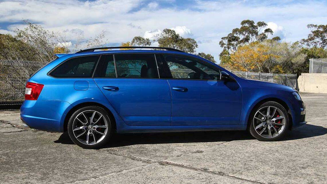 skoda octavia rs 162tsi wagon 2016 review road test video carsguide. Black Bedroom Furniture Sets. Home Design Ideas