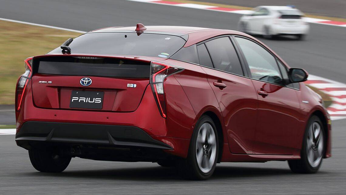 2016 toyota prius review first drive carsguide. Black Bedroom Furniture Sets. Home Design Ideas