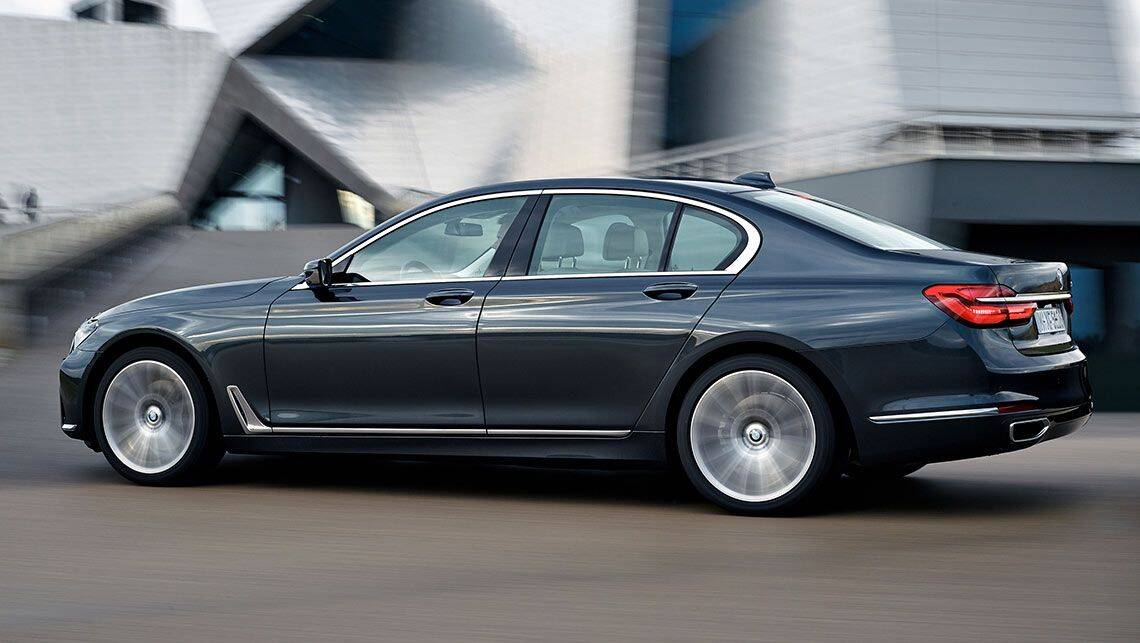 remote parking ruled out for 2015 bmw 7 series for now car news carsguide. Black Bedroom Furniture Sets. Home Design Ideas
