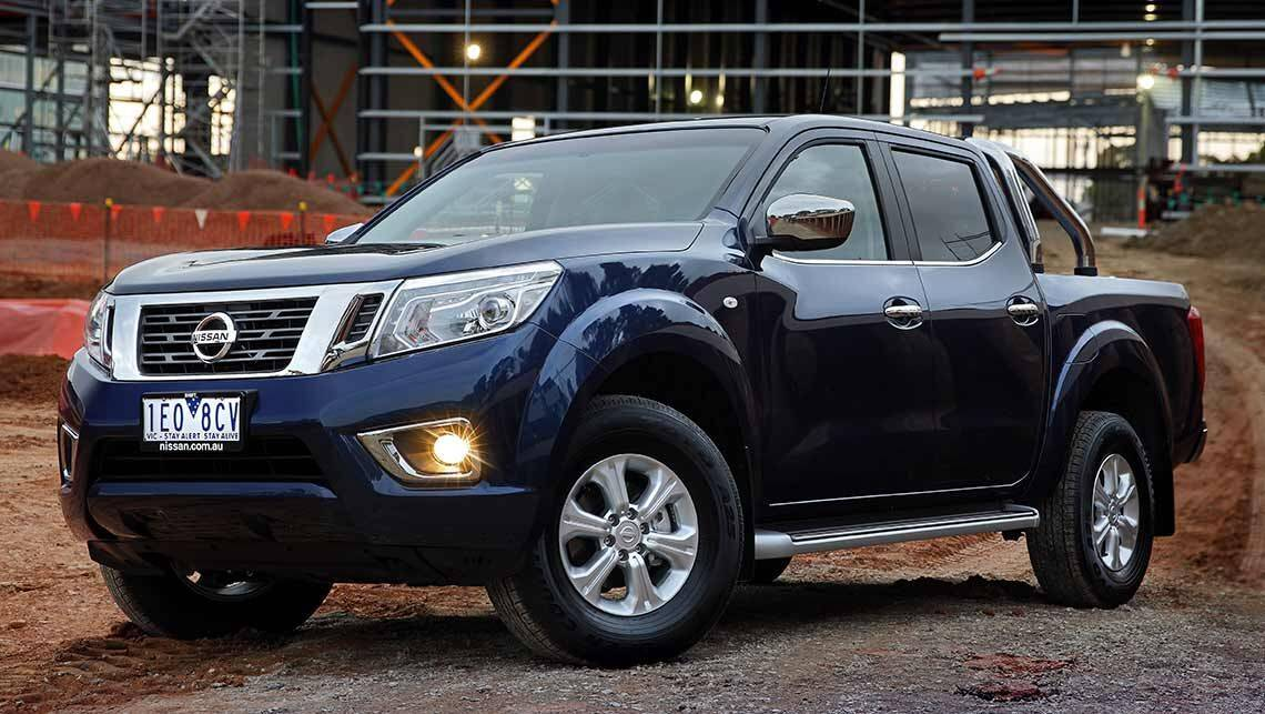 2015 np300 nissan navara dual cab review carsguide. Black Bedroom Furniture Sets. Home Design Ideas
