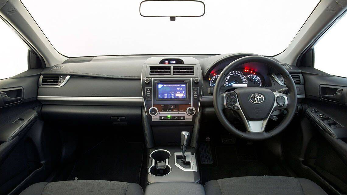 2014 toyota camry body styles autos weblog. Black Bedroom Furniture Sets. Home Design Ideas