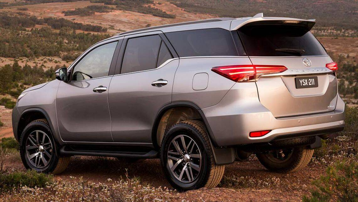 2016 toyota fortuner crusade review