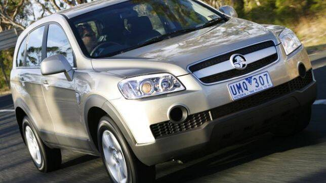 used car review holden captiva 20062008 carsguide
