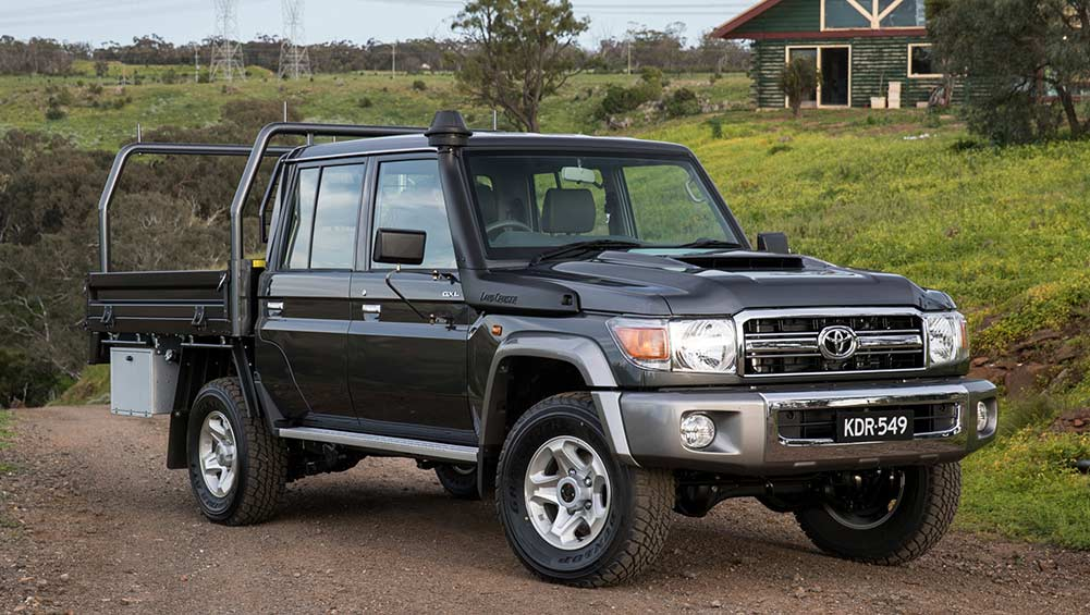 Toyota Landcruiser 70 Series Dual Cab 2016 Review