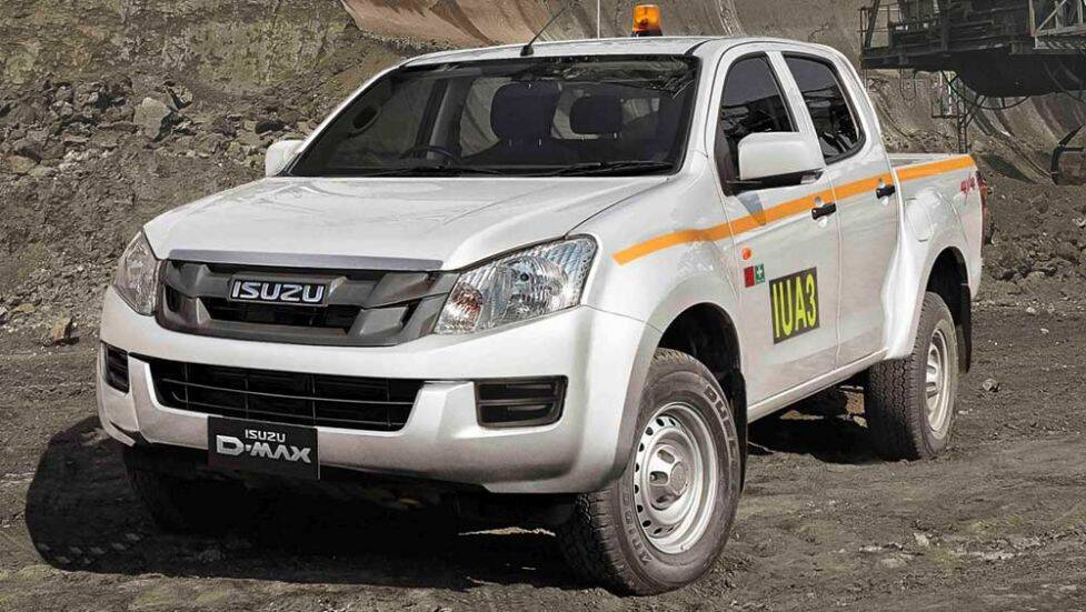 Best Diesel Truck 2016 >> Isuzu D-Max SX Space Cab Chassis 4x4 2016 review | road ...